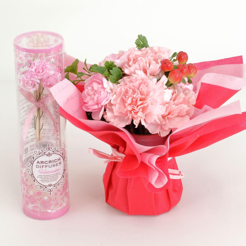 そのまま飾れる母の日花束とフレグランス